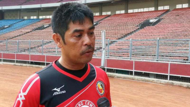 Pelatih Semen Padang, Nilmaizar
