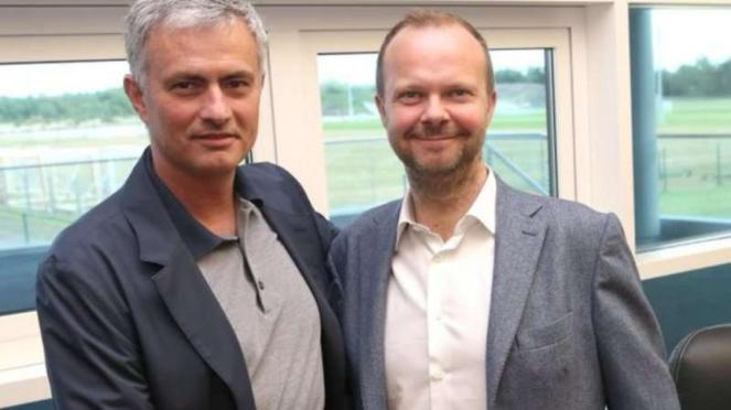 Manajer Manchester United, Jose Mourinho dan Ed Woodward