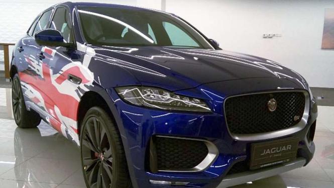 Jaguar F-Pace First Edition.