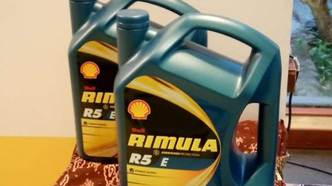 Shell perkenalkan oli mesin diesel, Rimula R5 E 10W40
