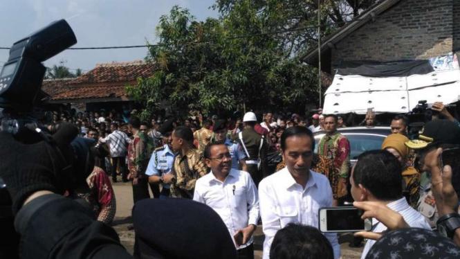 Presiden Jokowi saat kunjungan ke Serang, Banten.