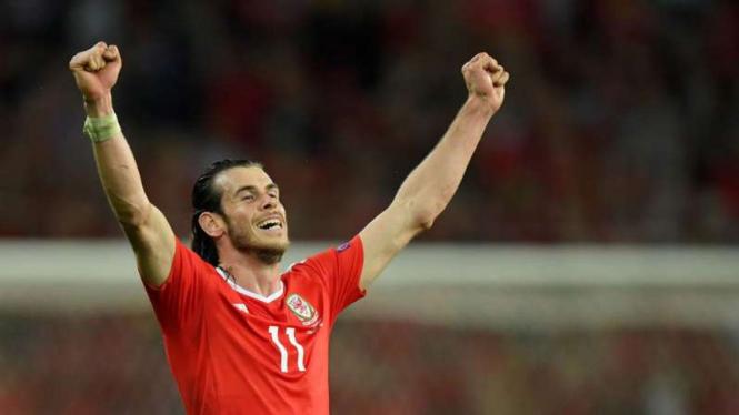 Bintang Wales Gareth Bale rayakan kemenangan atas Belgia