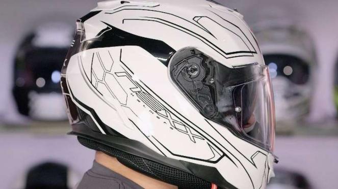Helm full face Nexx XT1 Exos. Foto ilustrasi.
