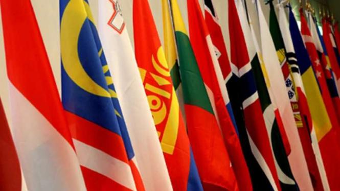 Ilustrasi / Bendera negara-negara anggota ASEM.