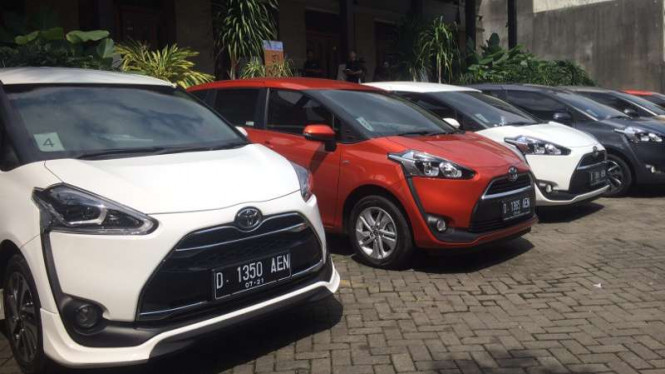 All New Toyota Sienta di Bandung.
