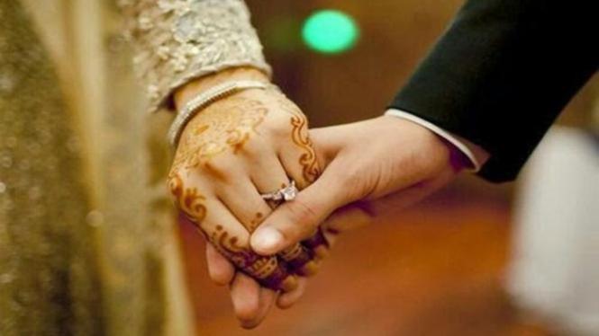 Ilustrasi meminang perempuan.