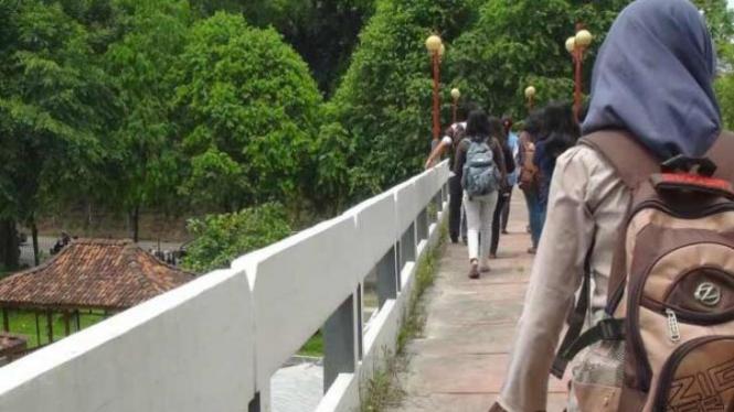 Jembatan Perikanan UGM