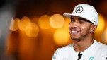 https://thumb.viva.co.id/media/frontend/thumbs3/2016/07/31/398331_pembalap-tim-mercedes--lewis-hamilton_151_85.jpg