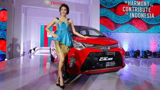 Toyota Calya.