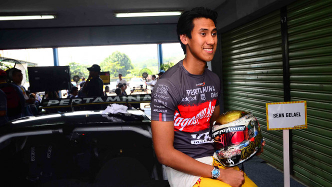 Pembalap GP2 Indonesia, Sean Gelael