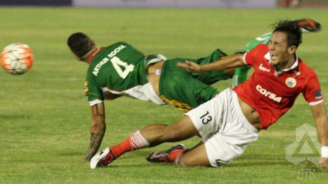 Duel Persija Jakarta versus Mitra Kukar