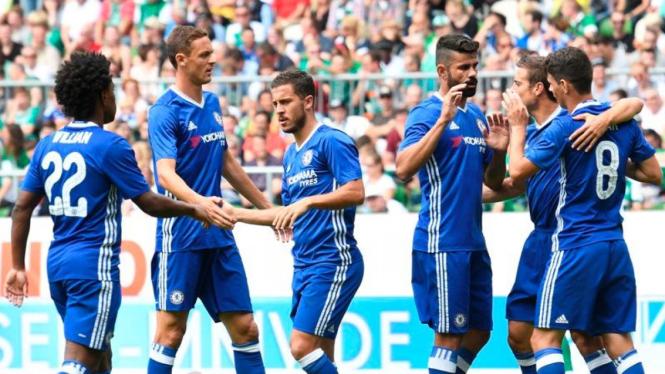 Para pemain Chelsea merayakan gol ke gawang Werder Bremen.