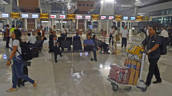 Para penumpang di Terminal 3 Bandara Soetta.