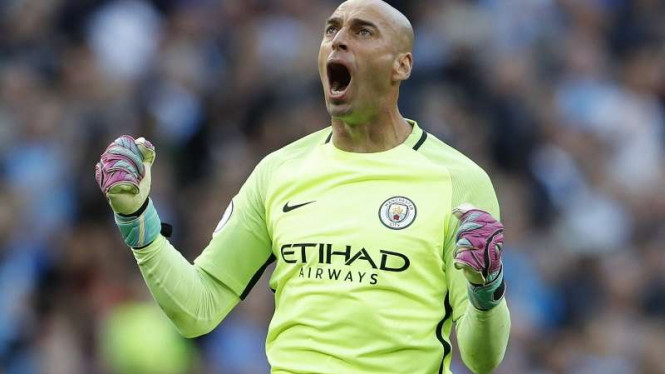 Kiper Manchester City, Willy Caballero