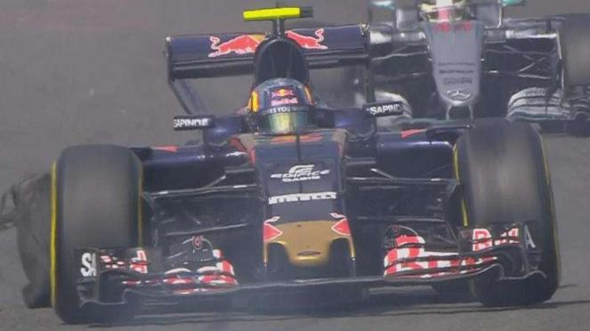 Pembalap Toro Rosso, Carlos Sainz