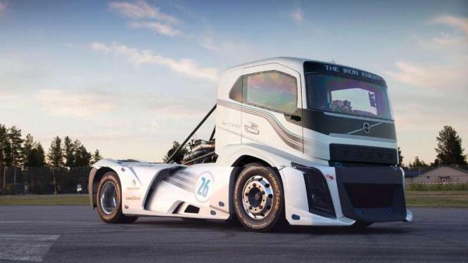 Gambar Modifikasi Truk Volvo Truk Volvo Peminum Solar Sudah Siap Euro4