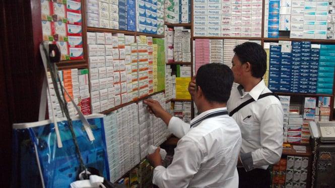 Polisi dan BPOM Sidak Obat Kedaluwarsa