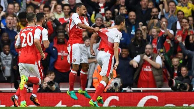 selebrasi gol para pemain Arsenal.