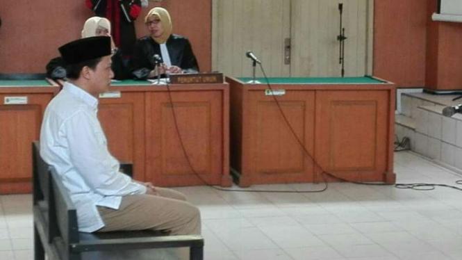 Bupati nonaktif Ogan Ilir, Ahmad Wazir Nofiadi alias Ovi, menjalani sidang vonis di Pengadilan Negeri Palembang pada Selasa, 13 September 2016.