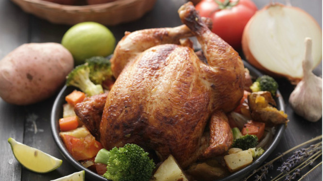Ayam panggang.