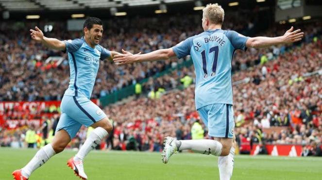 Dua bintang Manchester City, Nolito (kiri) dan Kevin De Bruyne (kanan)