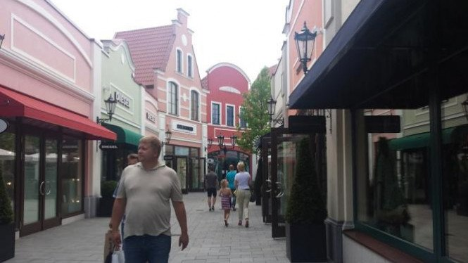 Designer Outlet Center, Jerman.