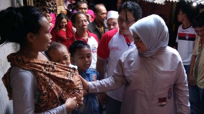 Bluskan istri Anies Baswedan di Tambora.