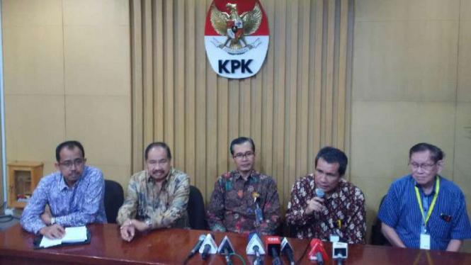 Konferensi pers di KPK terkait pencegahan korupsi di sektor kepabeanan.