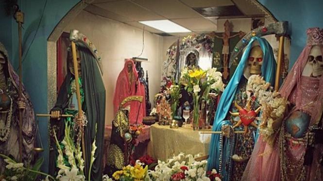 Kuil Santa Muerte di Meksiko.