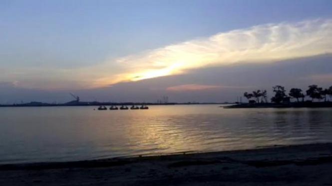 Pantai Marina.