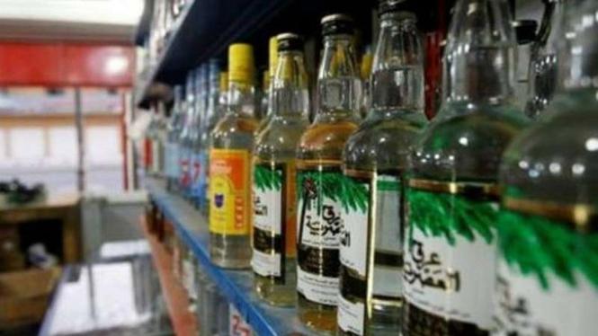 Kedai minuman beralkohol di Baghdad, Irak.