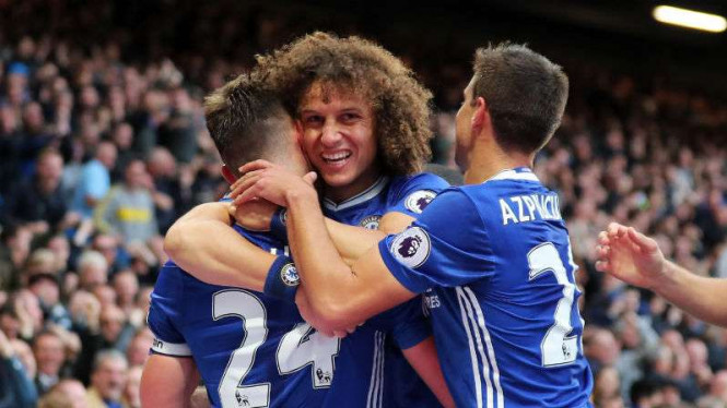 Tiga bek andalan Chelsea, Gary Cahill, David Luiz dan Cesar Azpilicueta