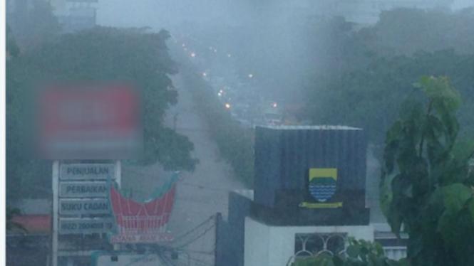 Kawasan Pasteur, Bandung, Jawa Barat terendam banjir