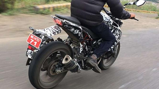 KTM Duke 200 terbaru.