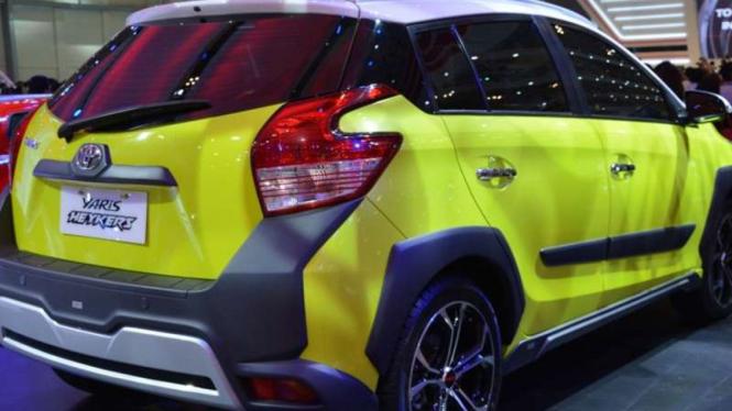 Toyota Yaris Heykers.