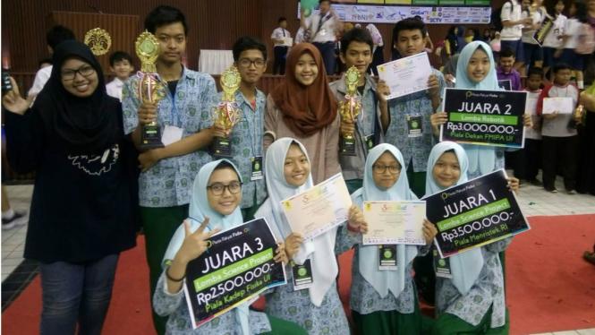 Siswa SMA Muhammadiyah 2 Sidoarjo