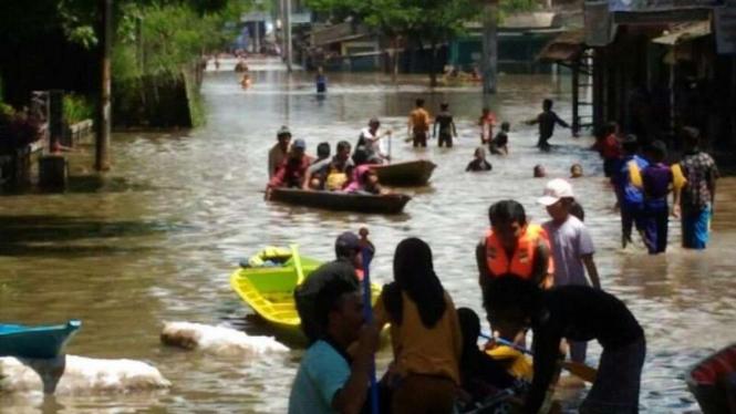 Kondisi banjir di Kabupaten Bandung Jawa Barat, Minggu (30/10/2016)