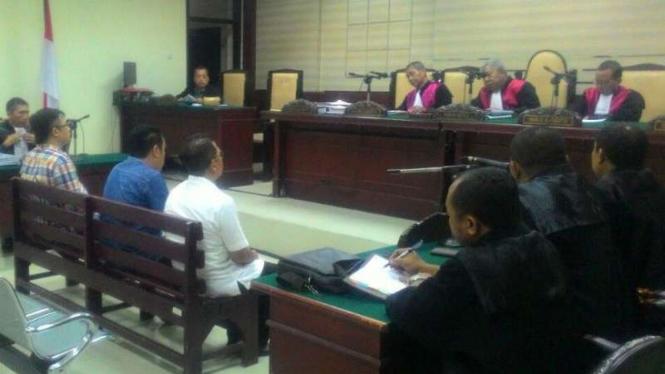 Sidang tiga terdakwa tiga Komisioner Bawaslu Jatim di Pengadilan Tindak Pidana Korupsi Surabaya, Jawa Timur, pada Selasa, 1 November 2016.