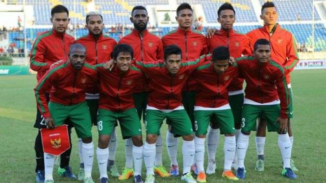 Timnas Indonesia saat melawan Myanmar di laga uji coba