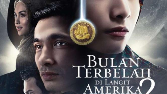 Film Bulan Terbelah di Langit Amerika 2