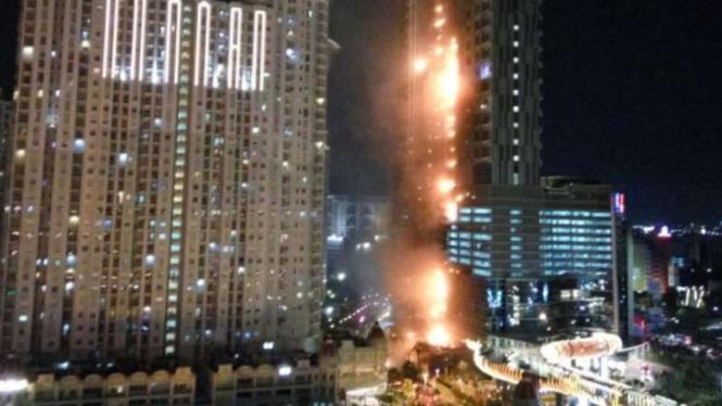 Kebakaran di Apartemen Neo Soho, Jakarta, Rabu, 9 November 2016.