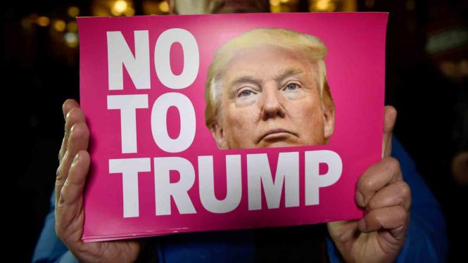 Gelombang Aksi Protes Terpilihnya Presiden AS Donald Trump.