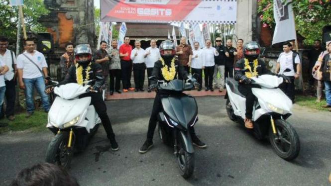 Motol Listrik Gesits tiba di Bali