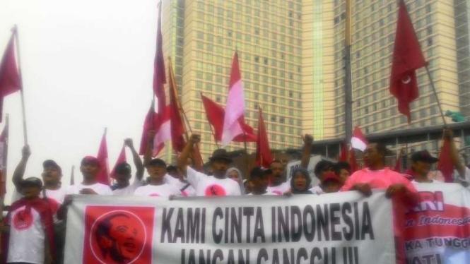 Projo unjuk rasa saat Car Free Day di Jakarta.