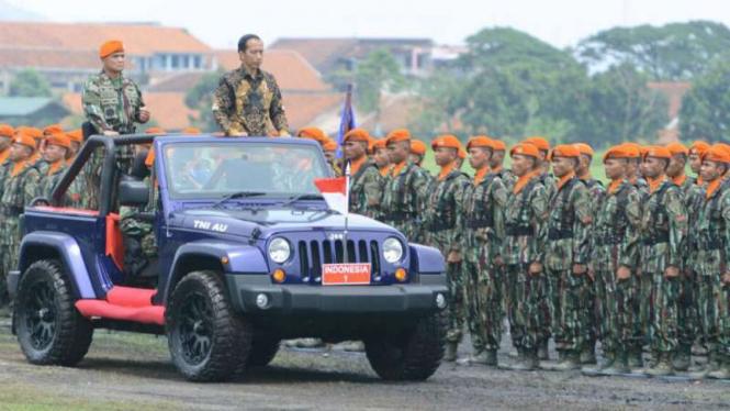 Presiden Joko Widodo kunjungi Korpaskhas di Lanud Sulaiman, Bandung