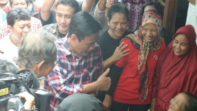 Calon petahana wakil gubernur DKI Jakarta, Djarot Saiful Hidayat, di Mampang, Jakarta Selatan.