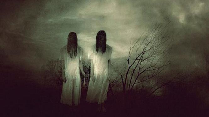 Hantu wanita cantik.