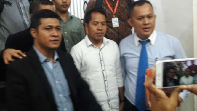 Ketua Umum PB HMI, Mulyadi P Tamsir (tengah, baju putih).