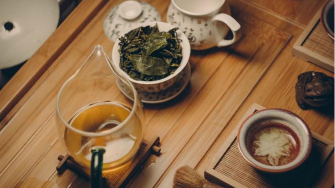 Ilustrasi ramuan herbal.