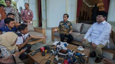 Pertemuan Presiden Jokowi dan Prabowo Subianto di Istana Negara.